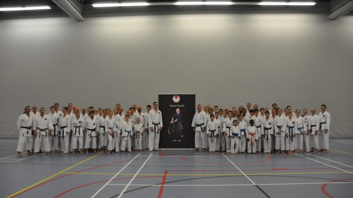World Chief Instructor Sensei Jon Wicks 8e dan – in Sportcentrum Papendrecht